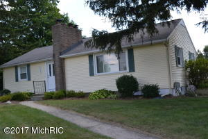 6007 W Mt Hope Highway, Lansing, MI 48917