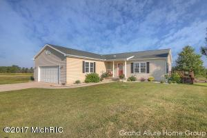 4697 Meadow View Drive, Fenwick, MI 48834