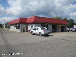 5 E Carleton Road, Hillsdale, MI 49242