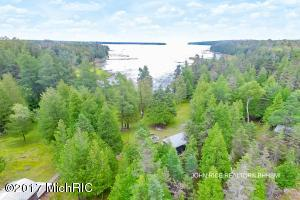 1943 S Duck Bay Trail, Cedarville, MI 49719