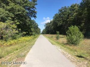 W Michillinda, Muskegon, MI 49445
