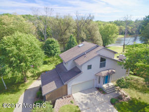 825 Osburn Circle, Big Rapids, MI 49307