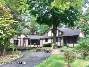 7830 W Royal Road, Canadian Lakes, MI 49346