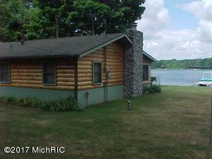713 S Maple Island Road, Hesperia, MI 49421
