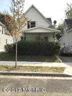 414 Fernando Street NE