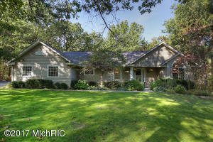 199 Tia Trail SE, Lowell, MI 49331