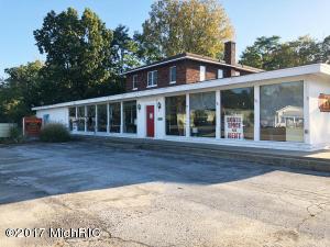 12825 Red Arrow Highway, Sawyer, MI 49125