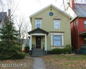 141 Prospect Avenue NE, Grand Rapids, MI 49503
