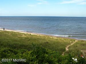 42 N North Shore Drive N, South Haven, MI 49090