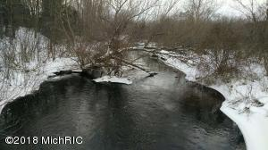 1 Elk Lane, Free Soil, MI 49411