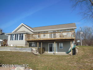 3414 East Shore Drive, Portage, MI 49002