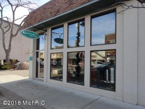 412-416 Phoenix Street, South Haven, MI 49090