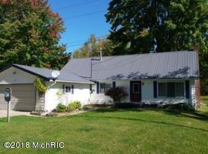 11482 Lakeshore Drive, Lakeview, MI 48850