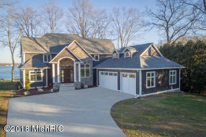 10530 Wildwood Circle, Richland, MI 49083