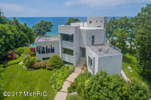 7400 Pinnacle Drive, South Haven, MI 49090