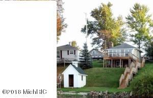 10640 Lake Street, Chippewa Lake, MI 49320