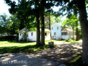 147 Newsom Road, Lake, MI 48632