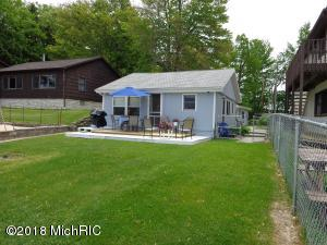 67560 95th Avenue, Dowagiac, MI 49047
