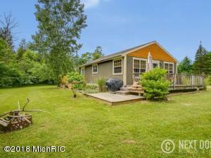 7216 Orchard Road, South Haven, MI 49090