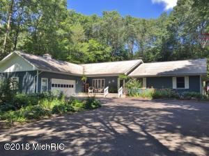 19378 Golfview Drive, Big Rapids, MI 49307
