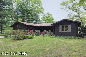 3121 Indian Point Road, Saugatuck, MI 49453