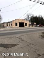 800 S Chestnut Street, Reed City, MI 49677