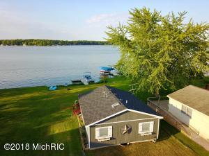 863 Hess Lake Drive
