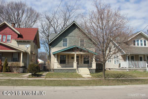 Great opportunity to build sweat equity!  The roof and other major mechanicals appear to be in good shape, but the kitchen is not functional and the floors need to be refinished.  Open floorplan and a dining room with built ins give this home a great amount of charm and potential.
