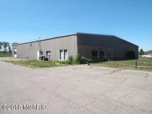663 W Burr Oak, Centreville, MI 49032