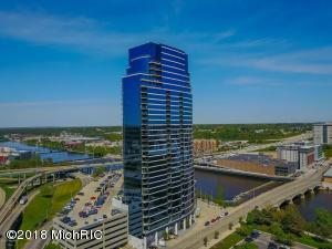 Sublime Hi-rise living with amenities galore! And steps from all that Downtown Grand Rapids has to offer!