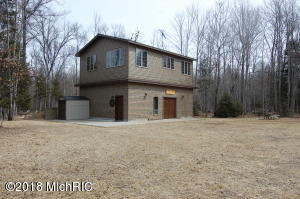 1233 Geels Road, Roscommon, MI 48653