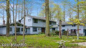 Property for sale at 2602 Lakeshore Drive, Fennville,  MI 49408