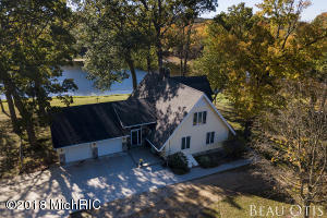 2501 N Solomon Road, Middleville, MI 49333