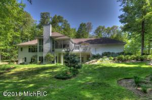 11040 Sandy Oak Trail, Cedar Springs, MI 49319
