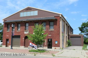 218 Water Street, Benton Harbor, MI 49022