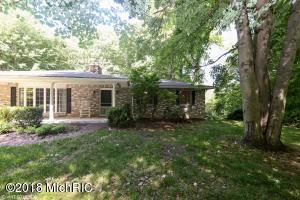 6157 Indian Trail, Three Oaks, MI 49128