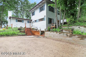 5122 Dogwood Lane, Bridgman, MI 49106