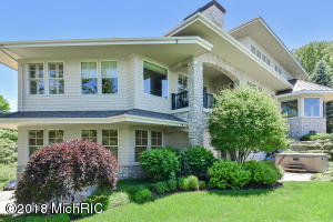 17294 Wood Drift Drive, West Olive, MI 49460