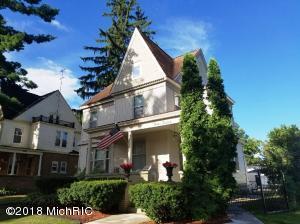 312 S Warren Avenue, Big Rapids, MI 49307