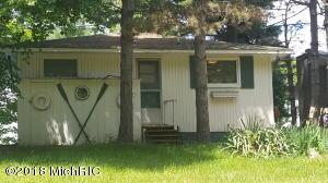 3413 Lakeshore Drive, Mears, MI 49436
