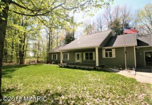 9309 Lighthouse Drive, Lake, MI 48632