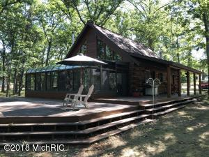4870 Chalker Road Log Home