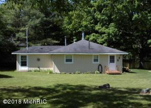 23315 Holiday Dr Drive, Hersey, MI 49639