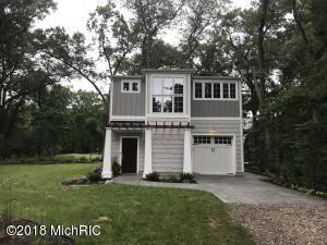 48305 Reitz Place Place, New Buffalo, MI 49117