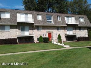 3608 Lakeshore Drive, B9, St. Joseph, MI 49085