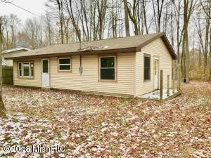23391 Bluegill Road, Sears, MI 49679