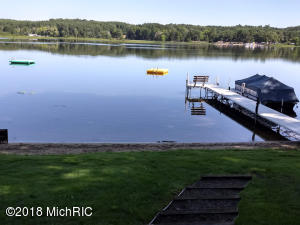 14410 S Hillview Lake Drive, Rodney, MI 49342