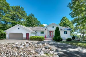 3096 ST. JOSEPH RIVER Drive, Benton Harbor, MI 49022