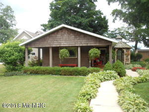 312 Fisher Court, Berrien Springs, MI 49103