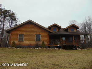 60356 48th Avenue, Hartford, MI 49057